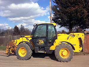 Used Tele-handlers and Forklifts